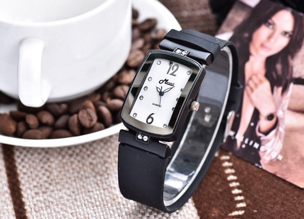 đồng hồ Mwatch Thái Lan